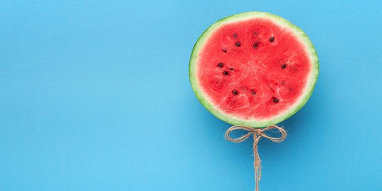 demo-attachment-1360-watermelon-balloon-on-blue-background-creative-57PNH8Q-3